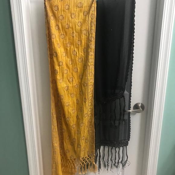 Indian dupatta scarfed